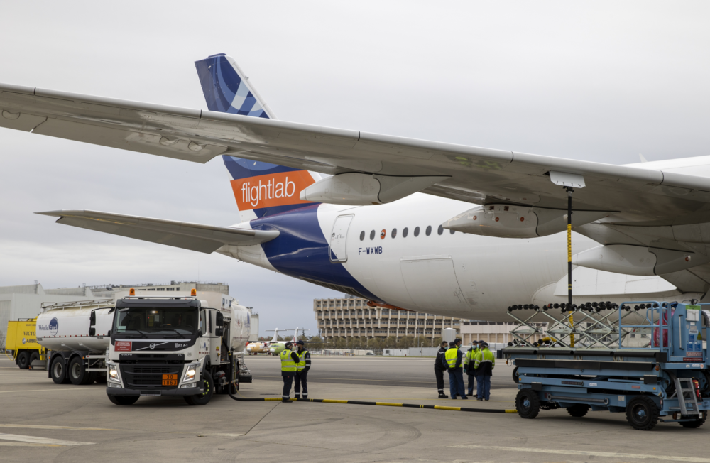 sustainable-fuel-test-a350
