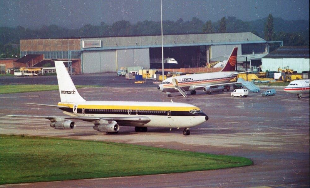 Monarch Boeing 720B