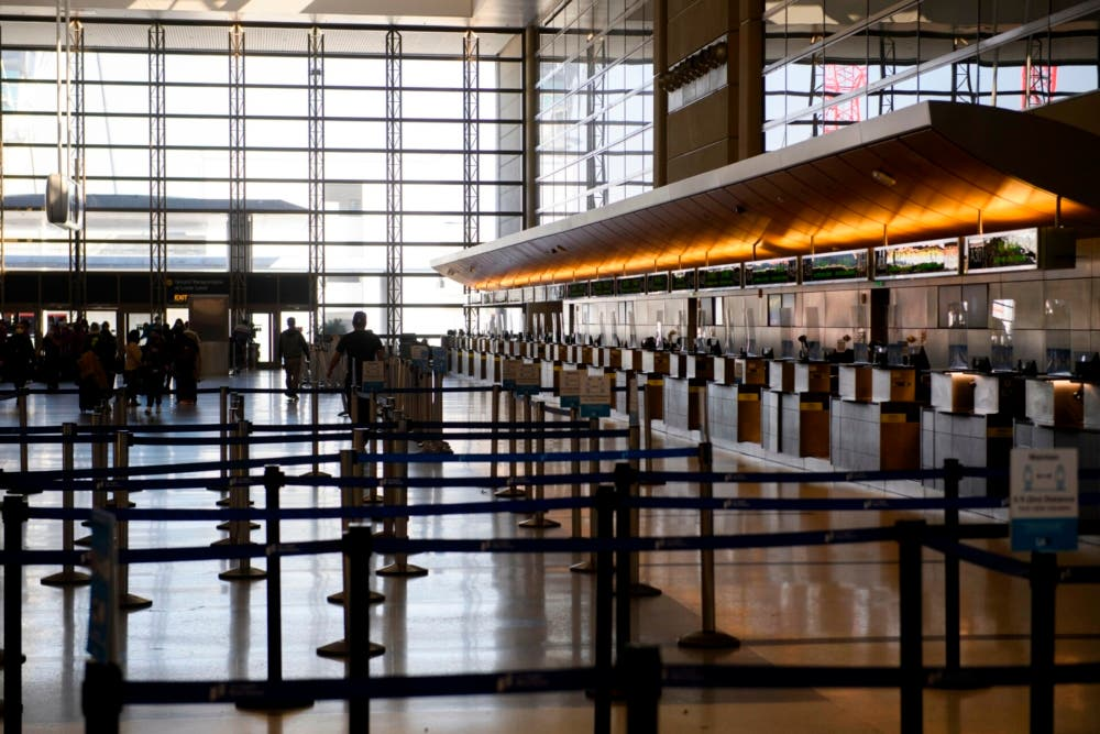 LAX Terminal B
